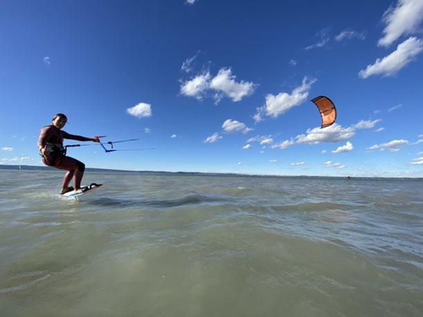 Kitesurfing-Nobile-foil-kite-2021-