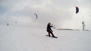 Snowkiting-Veselo-na-Veselaku (1)-