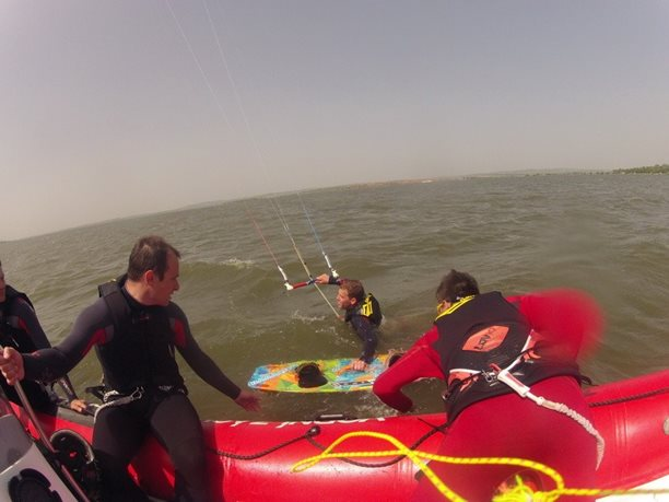 kiteboarding-kurz-hluboka-voda-na-clunu-jizni-morava-nove-mlyny-palava-11.JPG