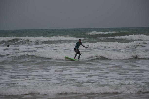 Kitesurfing-Spanelska-Tarifa (2)-Surfing