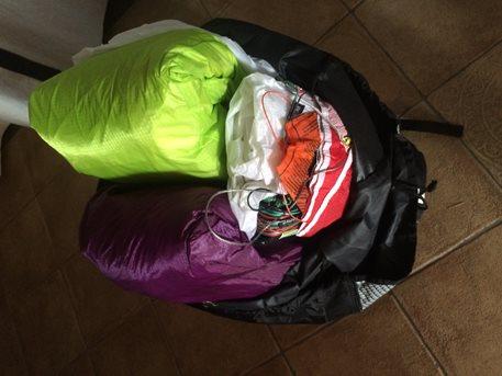 Kitesurfing-Baleni-Jeden batoh mi stačí