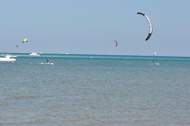 HARAKIRI kite kurzy Hurgada Egypt tahosh flysurfer 29.JPG