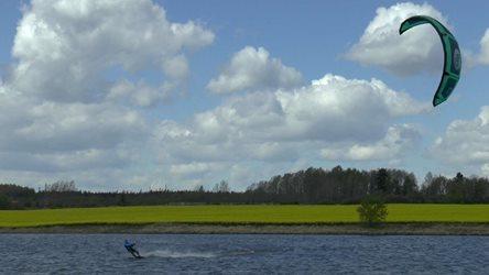 Kitesurfing - Pár fotek z nařízeného větrného volna