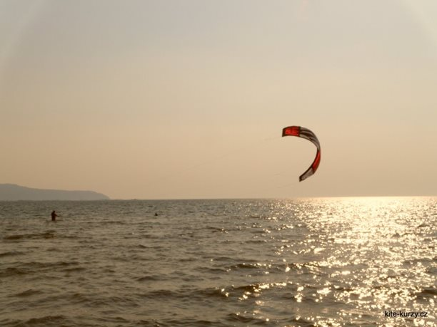 kiteboarding-kite-kurzy-harakiri-lefkada-lefkaz-23.JPG