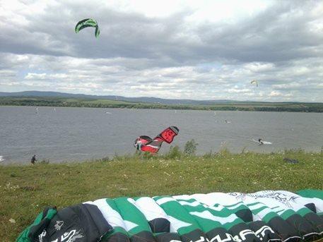 flysurfer_unity_tahosh_kite_5.jpg