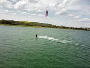 Kitesurfing-Uterni-home-office-