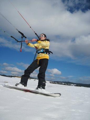 snowkiting-tahosh-Sandra-Abertamy-07.JPG