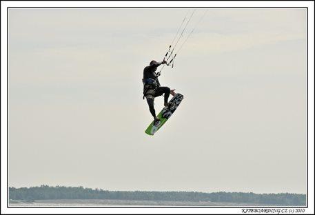 naish-torch2011-torch-flysurfer-nobile-kiteboarding-11.jpg