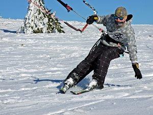 NOVOROČNÝ SNOWKITING na MARTINKACH S JARNÝM POČASÍM