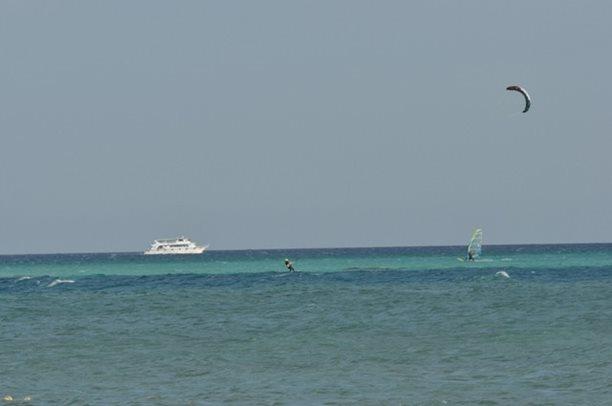 HARAKIRI kite kurzy Hurgada Egypt tahosh flysurfer 49.JPG