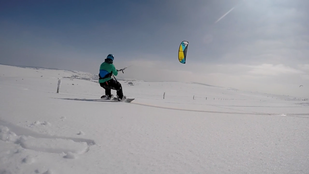 Snowkiting-Paradise-in-Supeyres-kite-spot-snowkiting_Boost-and-Speed5_France