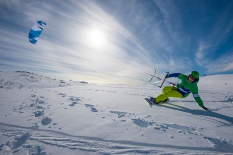 Snowkiting-Trip-to-Geilo,-Hardangervidda,-Norway-Not only snowkite trix but great cross-country snow kiting too. That is Norway snowkiting and Geilo, Hardagervidda