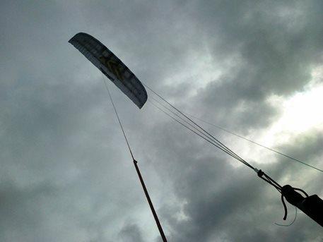 flysurfer_speed_3_21m_kite_buggy_landkiting_snowkiting_kiteboarding_broda_adolfov_2.jpg