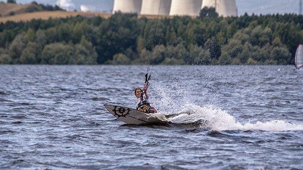 nechranice-31-07-2013-kiteboarding-nobile-flysurfer-meatfly-katy-hrkr-lancova- 070.jpg