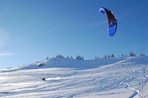 ... a kitesurfing s NAISH TORCH
