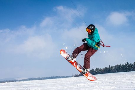 Snowkiting-(Pred)posledni-snih-na-Ryzi-