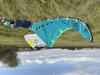 Kitesurfing - Sluneční podzimní pojezd s Boxerem