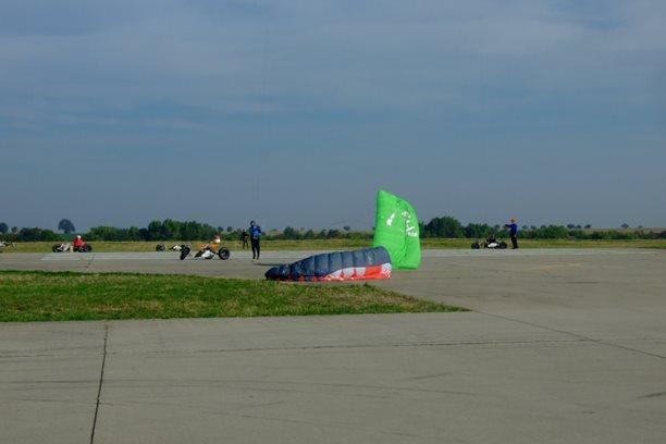 Landkiting MCR Panensky Tynec -vypli vitr.JPG