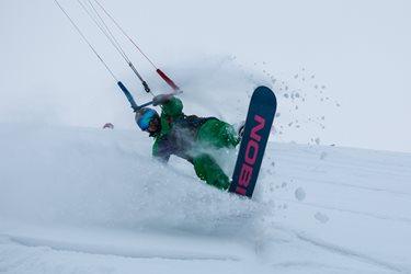 Snowkiting - Sobota na Moldavě