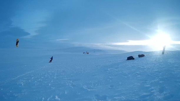 Harakiri_snowkiting_trip_Norsko.jpg