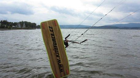 Lipno_chalenge_vol2_kiteboarding_00005.jpg