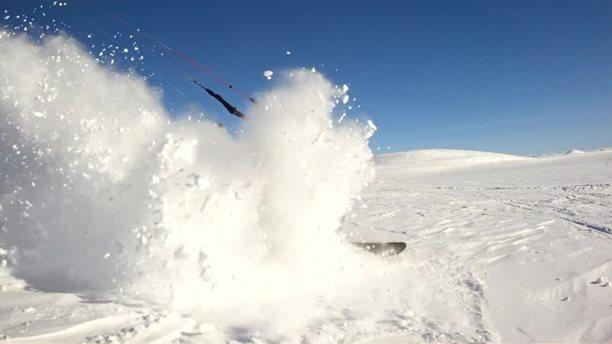Harakiri_snowkiting_trip_Norsko_powder.jpg