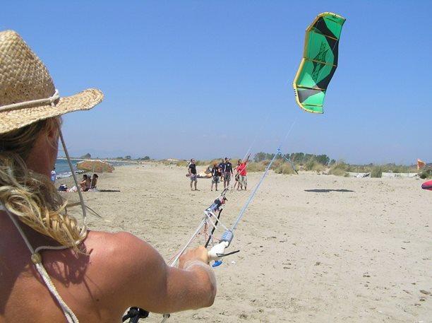 08-harakiri-kiteboarding-kurz-lefkada-29.JPG