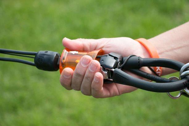 Kitesurfing-Novy-Force-control-bar-od-Flysurferu-