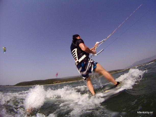 kiteboarding-kite-kurzy-harakiri-lefkada-lefkaz-14.JPG