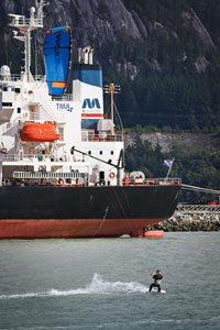 Kitesurfing-Kanadsky-zarijovy-Squamish-