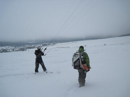 snowkiting_sandra_a_tahosh_snow_kite_flysurfer_snowkite_speed_3_pulse_2_03.JPG