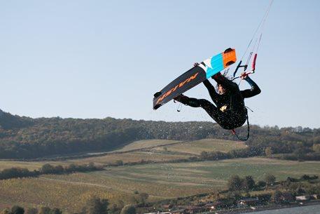 Kitesurfing-soustredeni-KITEBOARDING-CZ-riders-teamu-