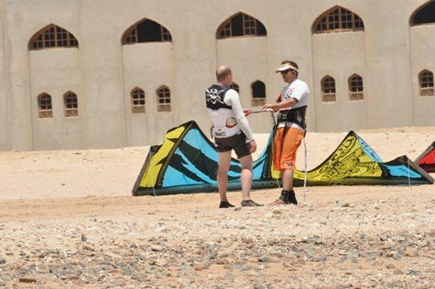 HARAKIRI kite kurzy Hurgada Egypt tahosh flysurfer 53.JPG