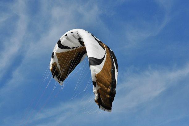 lukash_tomex_kiteboarding_snowkiting_landkiting_naish_flysurfer_nobile_DSC_4510.jpg