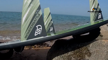 Kitesurfing-How-to-tune-kiteboard-Razor-fins-on-Flyboard-Flyboard razor fins tuning