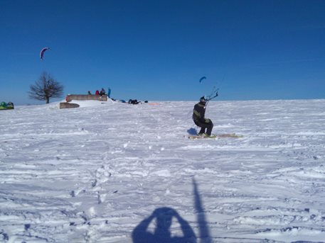 Snowkiting-Strormy-Moldava-snowkite-zavod-28-29-1-2017-