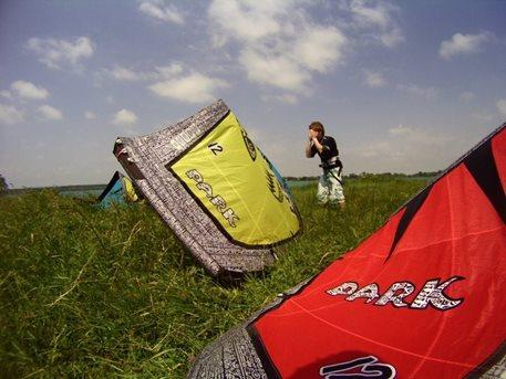 kiteboarding-naish-park-ostrozska-nova-ves-05.JPG