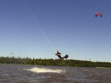 kiteboarding-velke-darko-kite-naish-park-05.JPG