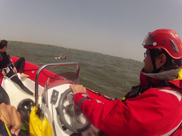 kiteboarding-kurz-hluboka-voda-na-clunu-jizni-morava-nove-mlyny-palava-6.JPG
