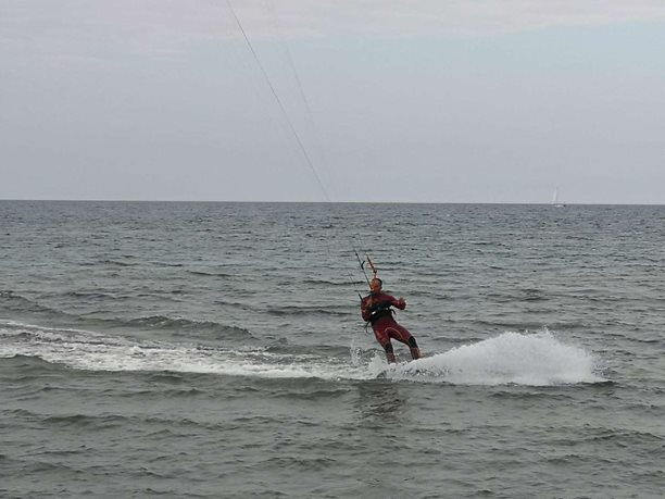 Kitesurfing-HELL-8-21-