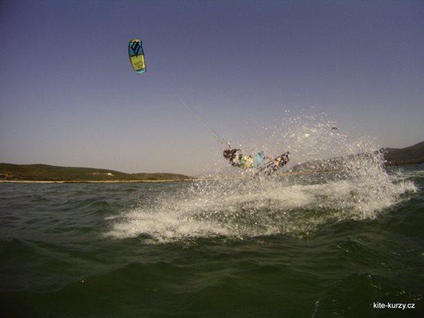kiteboarding-kite-kurzy-harakiri-lefkada-lefkaz-16.JPG