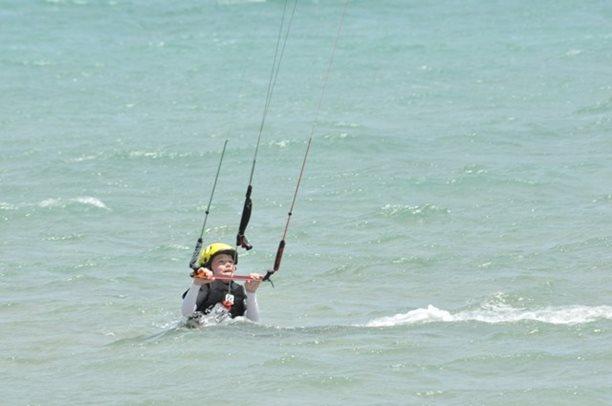 HARAKIRI kite kurzy Hurgada Egypt tahosh flysurfer 30.JPG