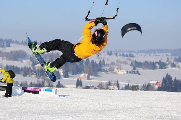 mcr-abertamy-2012-flysurfer-nobile-naish-tomex-6162.jpg