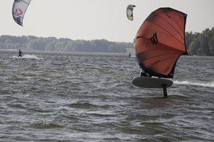 Wing-boarding-Rozkos-Wing-Session-Naish-Matador-