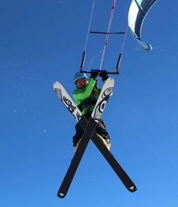 Snowkiting-Peter-Lynn-Nova-na-Martinkach-