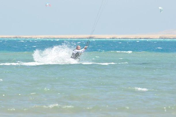 HARAKIRI kite kurzy Hurgada Egypt tahosh flysurfer 62.JPG