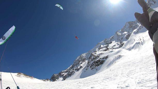 Snowkiting-Big-Day-in-Lautaret-