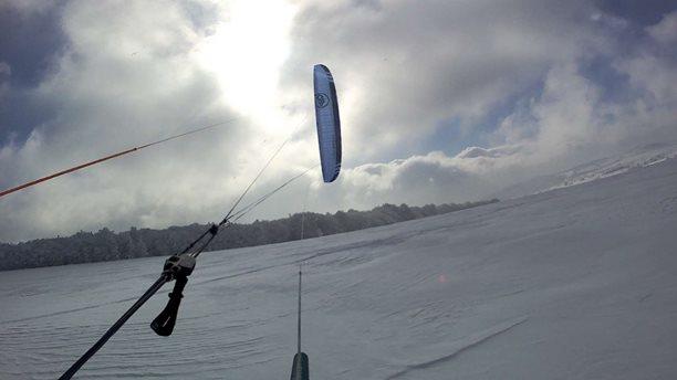 Snowkiting-Fojtovice-v-prachu-