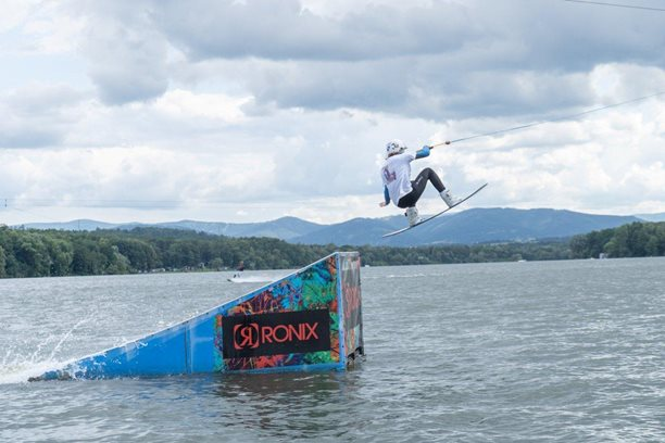 Wakeboard-Freestyle-team-Snehulaci-cz-