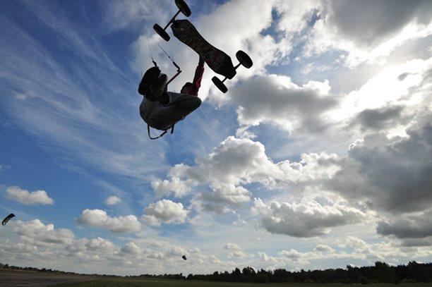 lukash_tomex_kiteboarding_snowkiting_landkiting_naish_flysurfer_nobile_DSC_4548.jpg